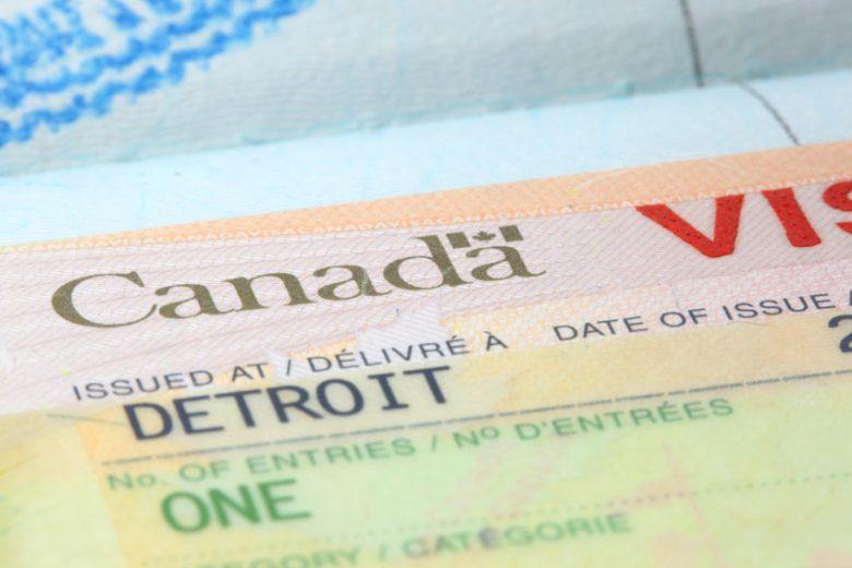 Làm visa đi Canada mất bao lâu