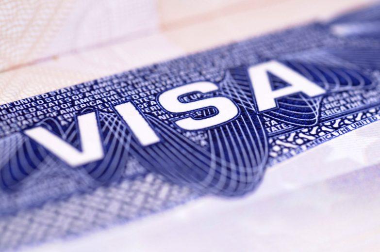 Xin visa đi Pháp cần giấy tờ gì?