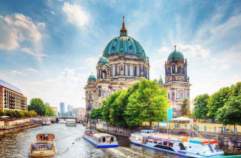 Hướng dẫn cách điền tờ khai xin visa Đức