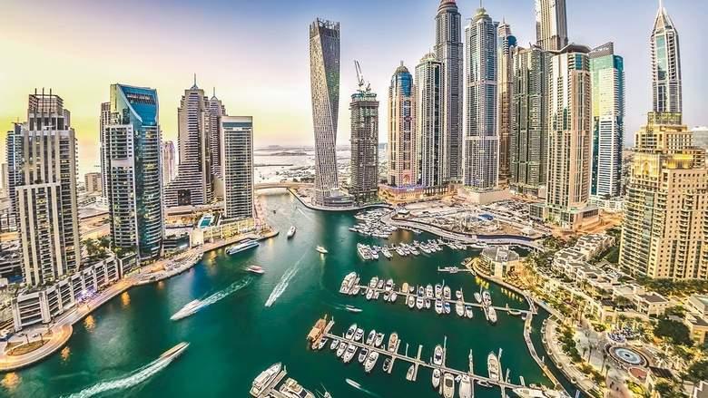 UAE miễn 80 USD phí xin visa cho khách dưới 18 tuổi